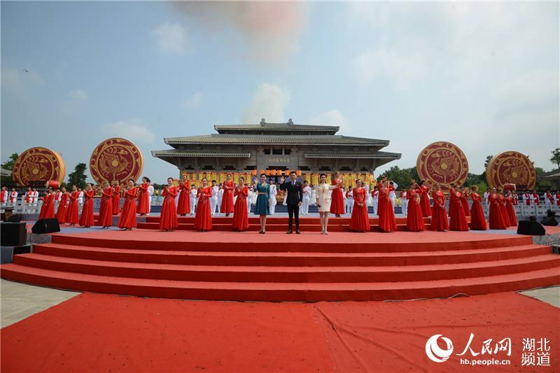 """30多个国家及地区华人华侨和56个民族代表湖北随州""""寻根拜祖""""【16】"""