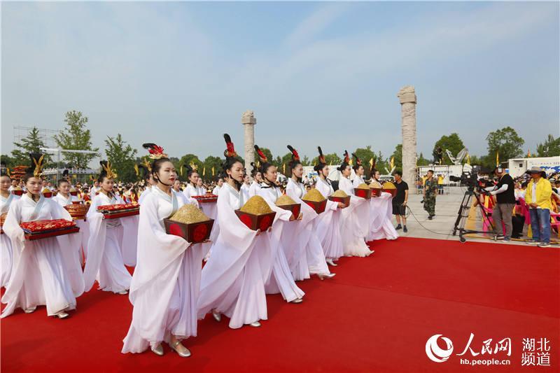 """30多个国家及地区华人华侨和56个民族代表湖北随州""""寻根拜祖""""【7】"""