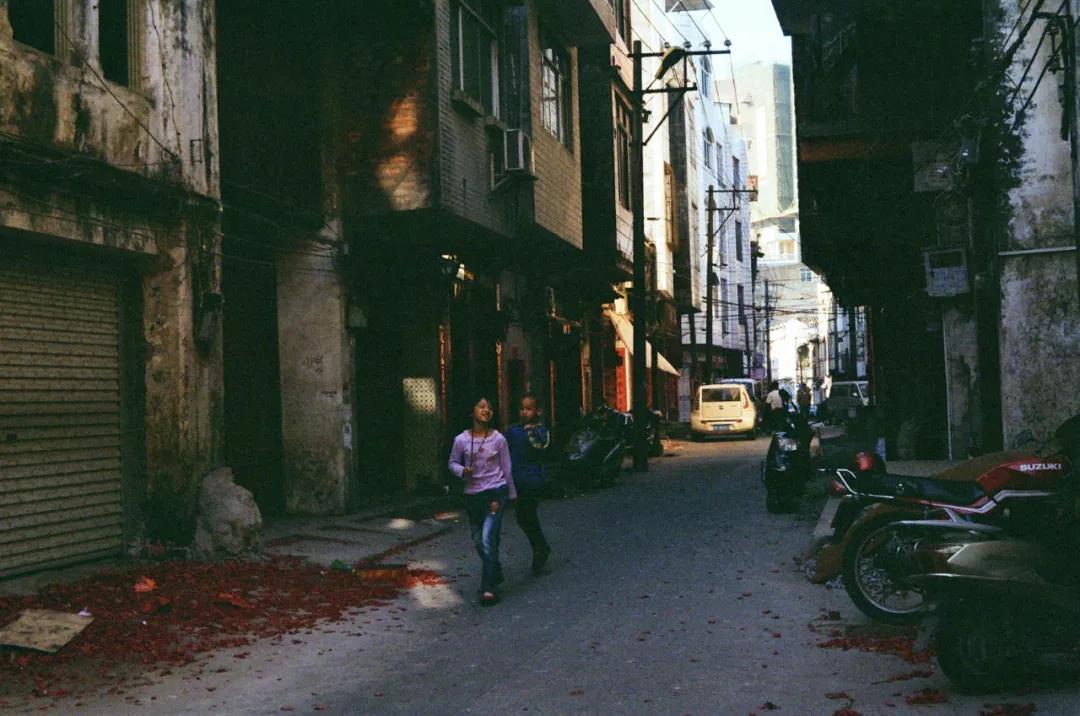 小镇状元:我可能是复旦那届薪水最低的毕业生 作者:Le Flaneur(公司职员,现居上海)